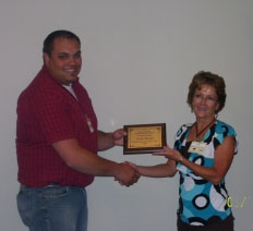 Moffet Receives Outstanding Student Award