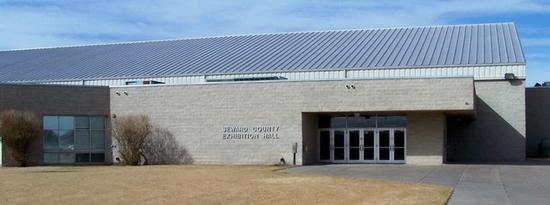 Seward County Commission Meets