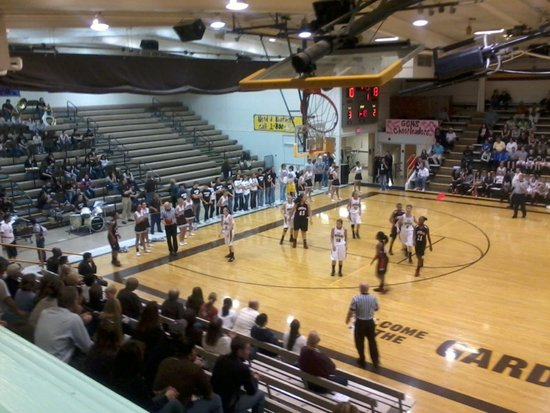 Free Throws Misfire in Garden City