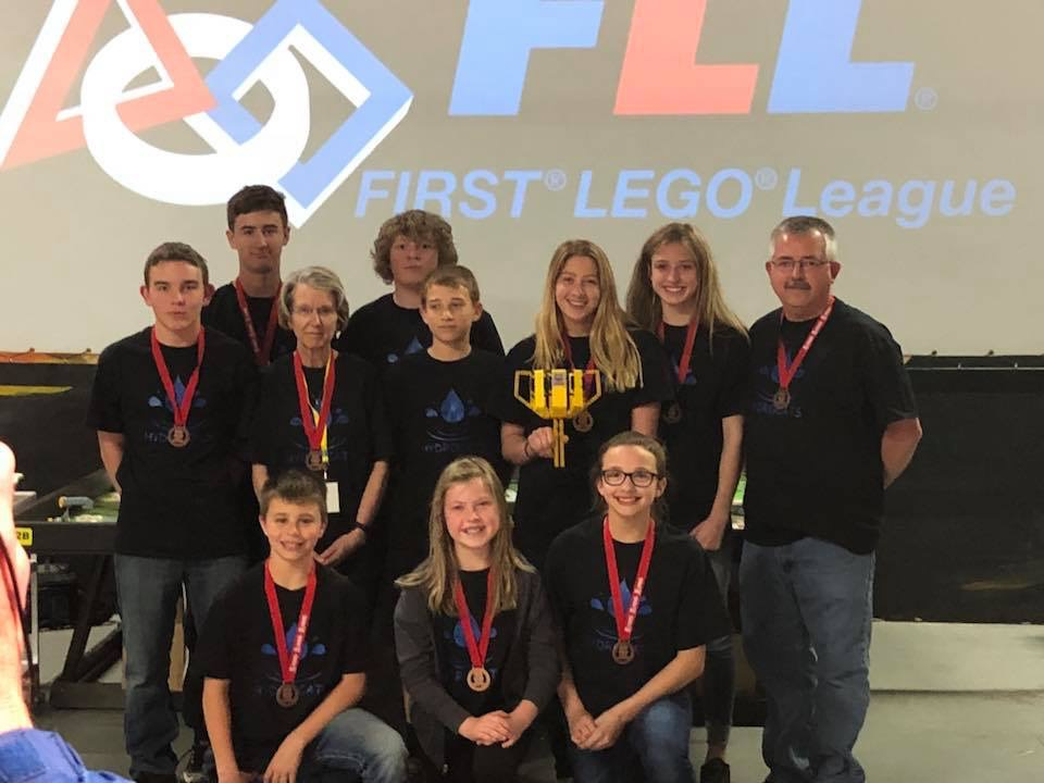 """""""Hydro Cats"""" Headed to World Robotics Competition"""