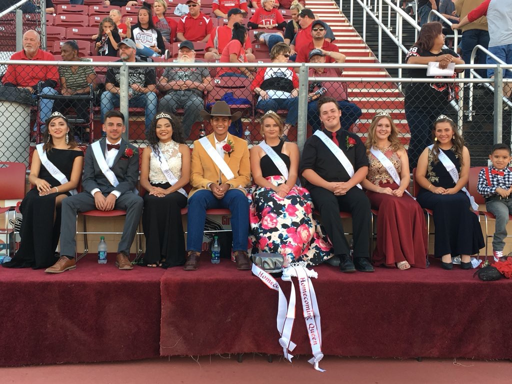 Parker is Queen and Diazdeleon is King in Fall Homecoming