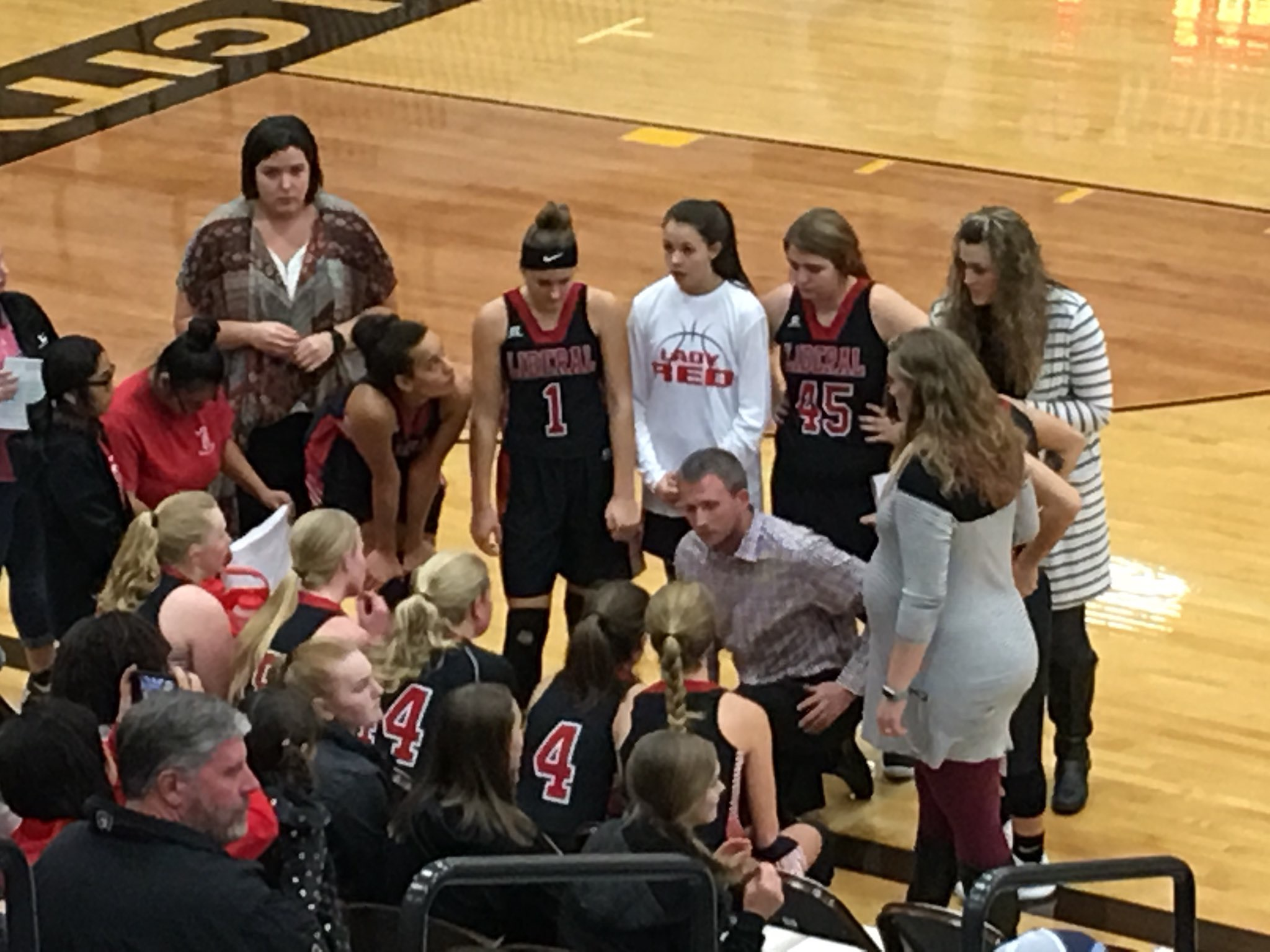Lady Red Rolls to Win Over Scott City