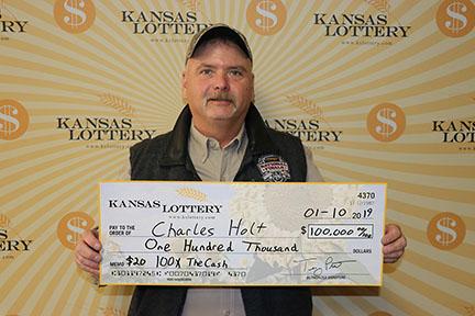 Hugoton Man Wins $100,000 From the Kansas Lottery
