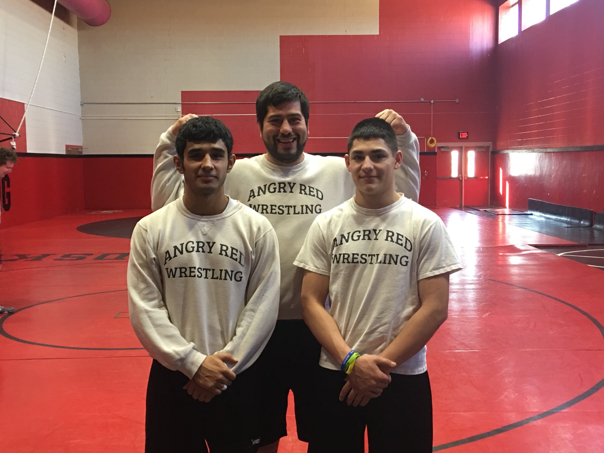 Both LHS Wrestlers 1-1 at State