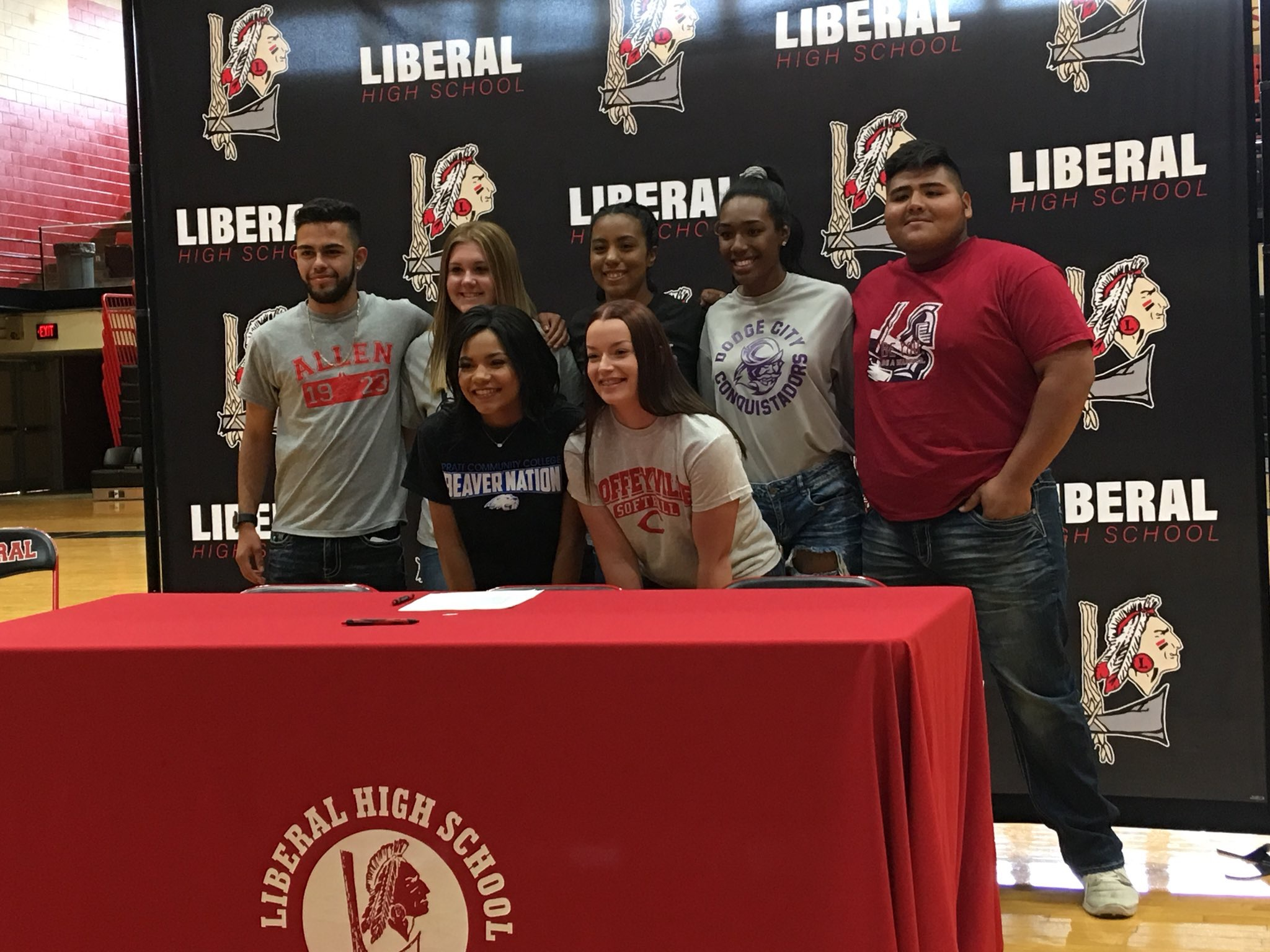 LHS Hosts Second Signing Day