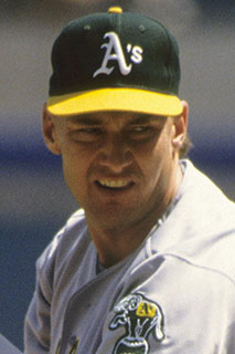 Former Bee Jay Mike Moore to be Inducted into NBC World Series Hall of Fame