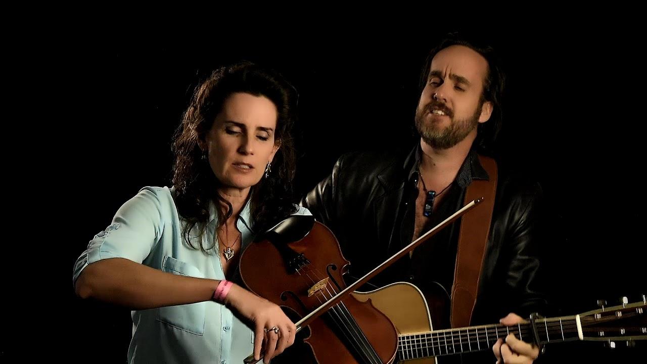 Award-Winning Acoustic Duo Bettman &Halpin in Concert at Liberal Memorial Library