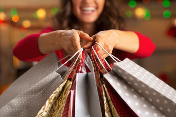 Drop in Holiday Retail Sales Projected