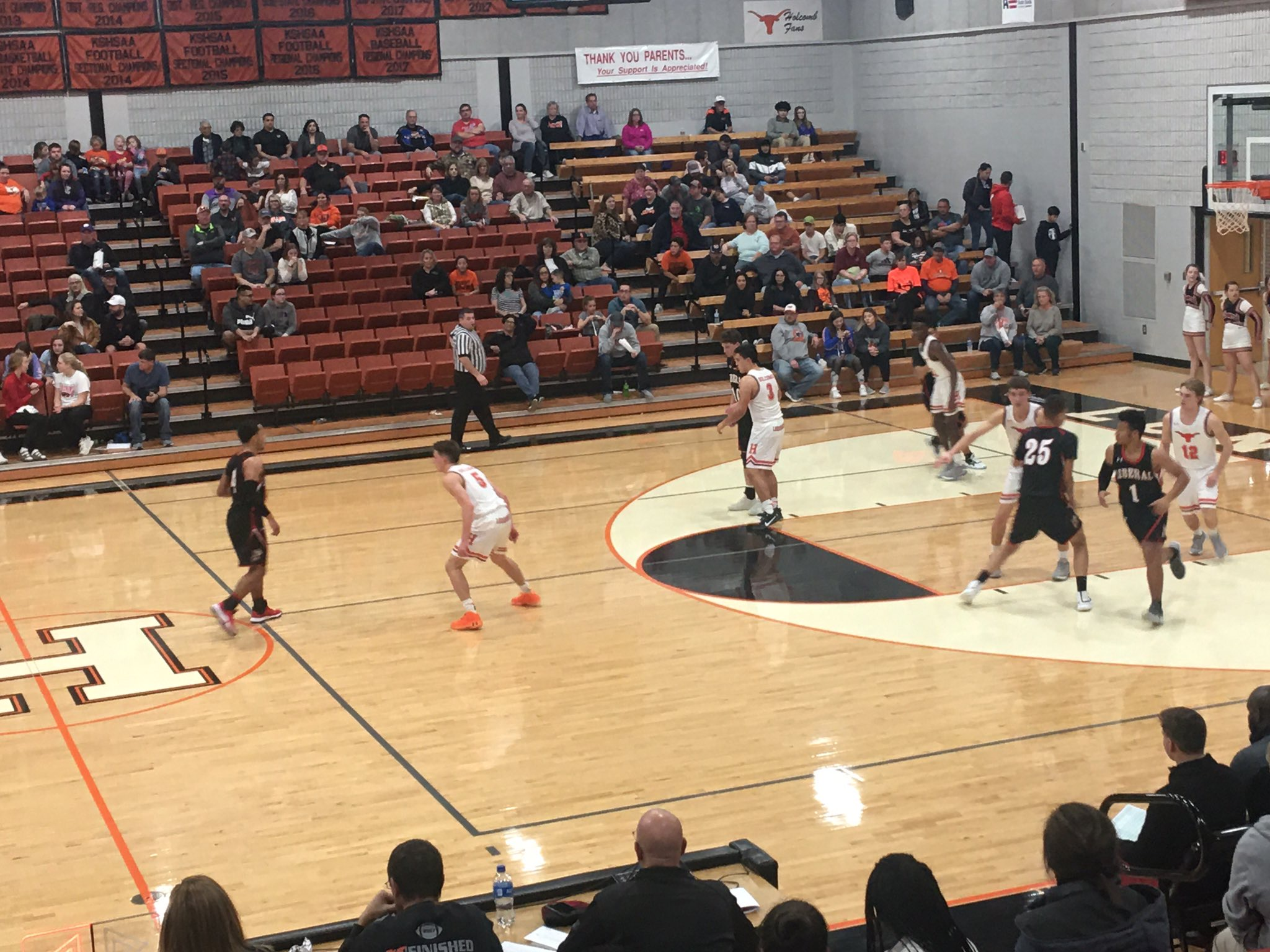 Redskin Boys Hang On in Holcomb