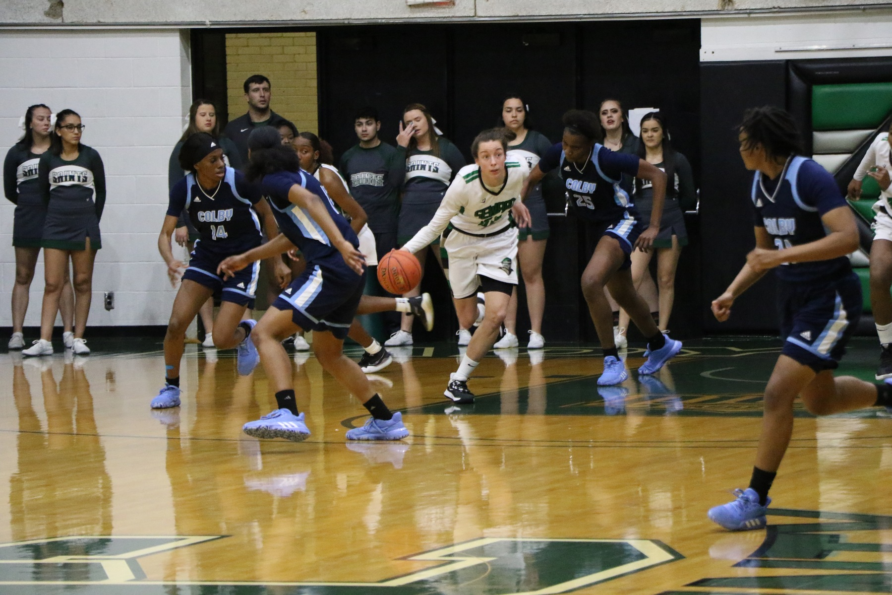 Seward Wins 60th in a Row in the Green House