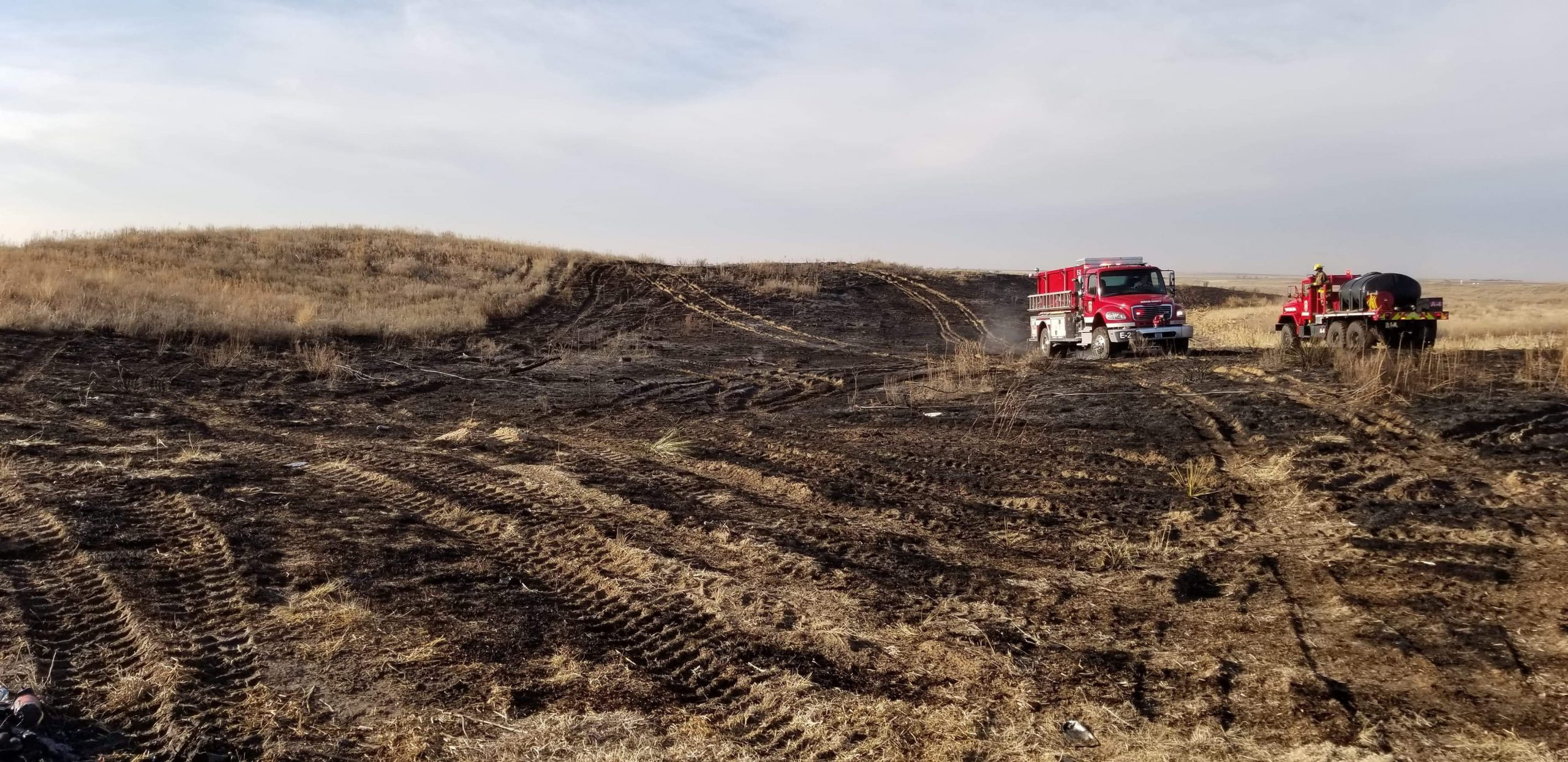 Seward County Firefighters Extinguish Vegetation Fire