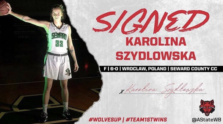 Seward's Szydlowska Signs at Arkansas State
