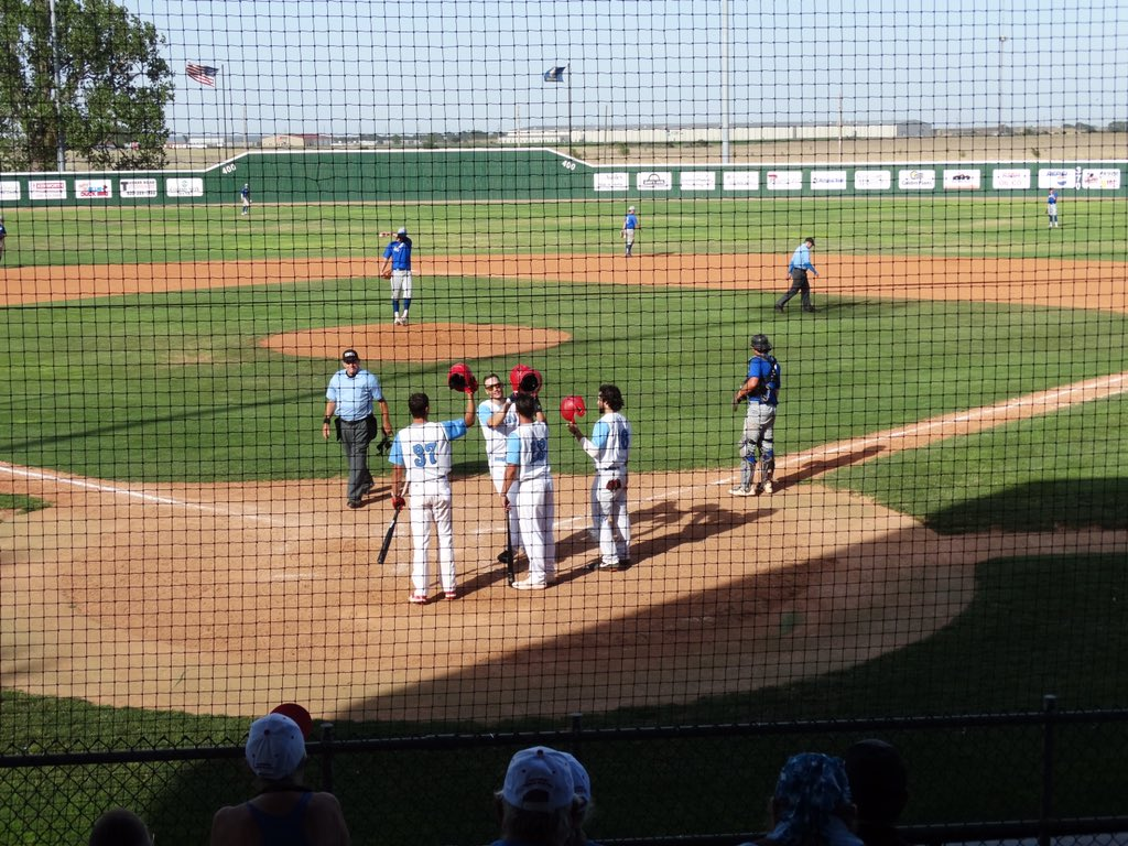 Bee Jays Sweep Greeley