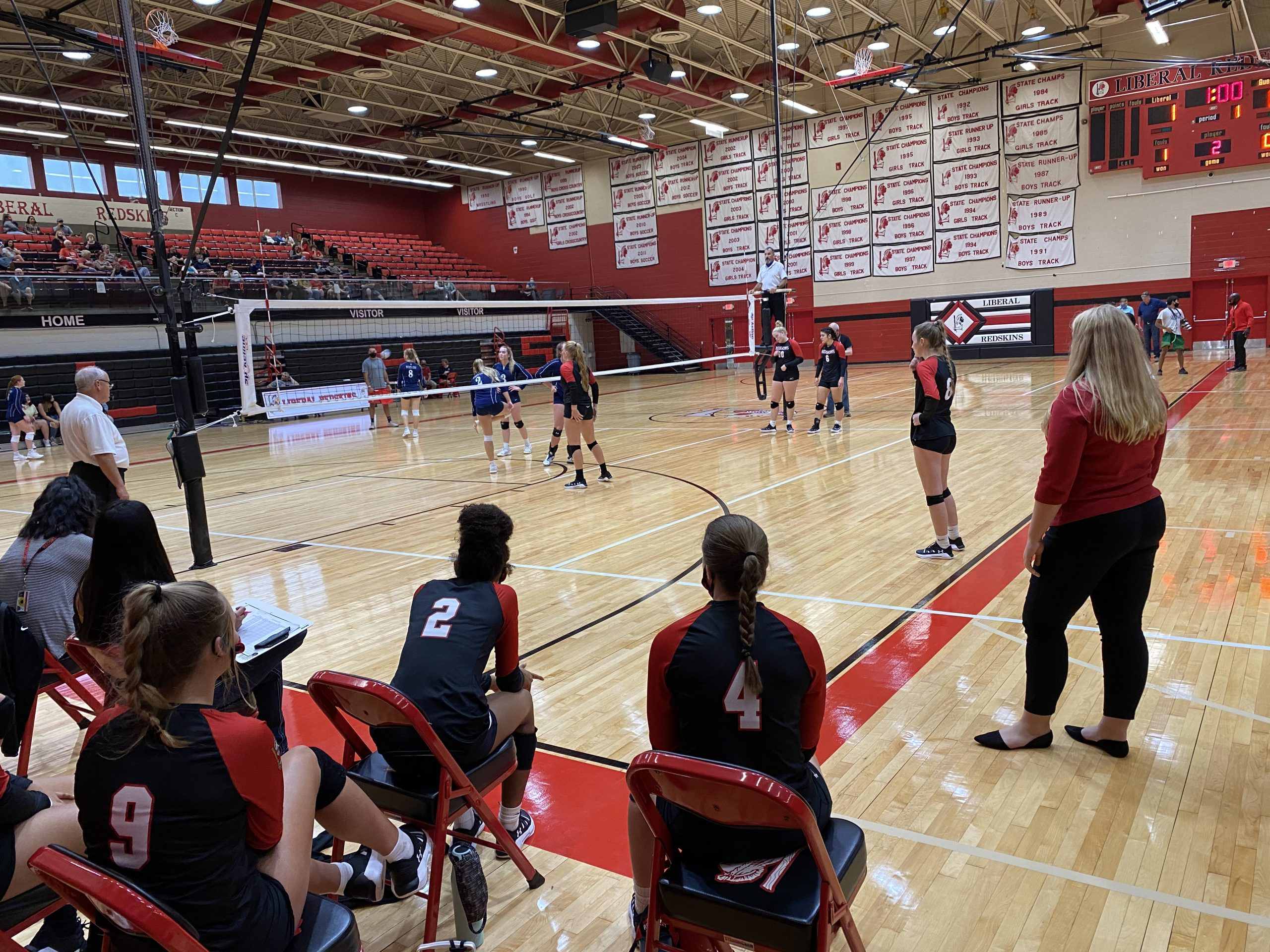 Liberal Volleyball Spikes Scott City on Senior Night