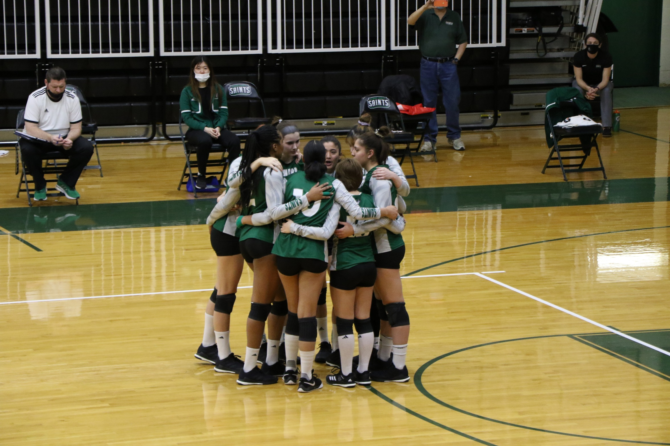 Three Seward Spikers Named All Conference