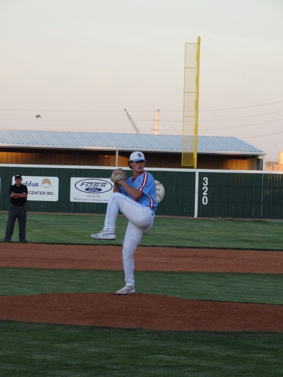 Pitching and Defense Leads Bee Jays to Opening Win